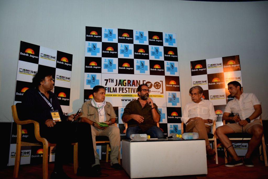 Manoj Srivastava, Raja Bundela, Anand L Rai, Khalid Ahmed, Shahbaz Sumar - Anand L Rai