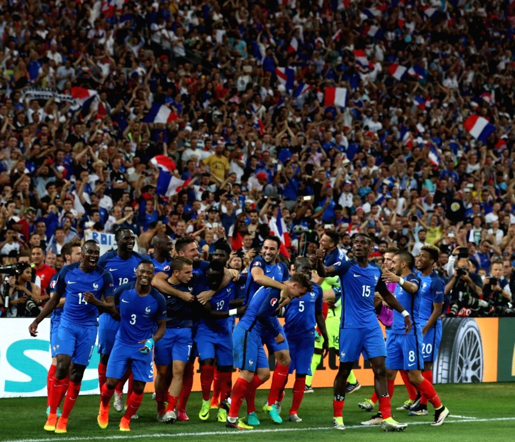 MARSEILLE, July 8, 2016 - Players of France celebrate victory after the Euro 2016 semifinal match between France and Germany in Marseille, France, July 7, 2016. France won 2-0 to enter the final.