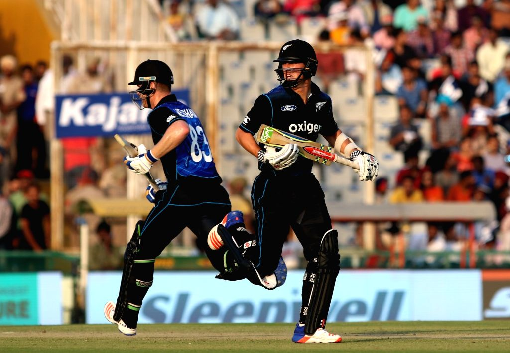 Matt Henry of New Zealand in action during the third ODI match between India and New Zealand at Punjab Cricket Association Stadium, Mohali on Oct 23, 2016.