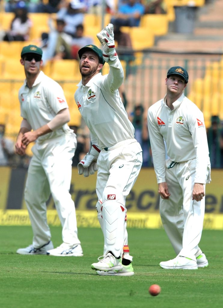 Matthew Wade and Steven Smith of Australia during the third day of the second test match between India and Australia at M. Chinnaswamy Stadium in Bengaluru on March 6, 2017.