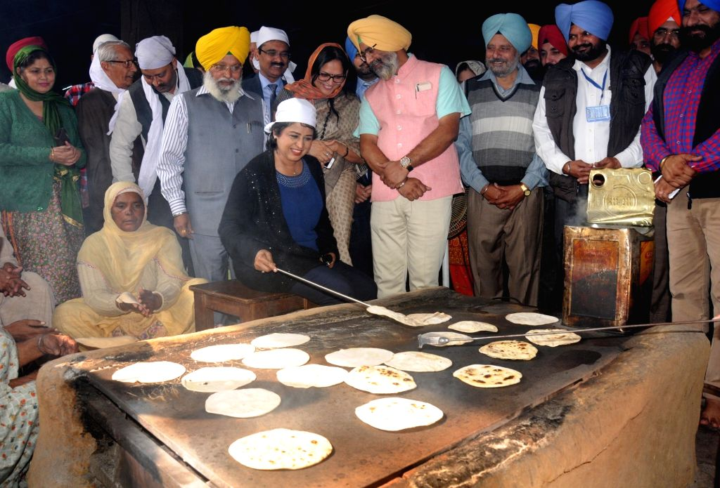 Mauritius President Ameenah Gurib at the community kitchen of the Golden Temple in Amritsar on Nov. 20, 2016.