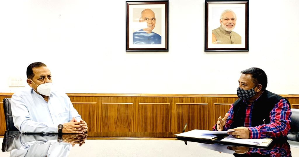 Meghalaya Health Minister A.L. Hek meets Union MoS Development of North Eastern Region (I/C), Prime Minister???s Office, Personnel, Public Grievances & Pensions, Atomic Energy and ... - A. and Jitendra Singh