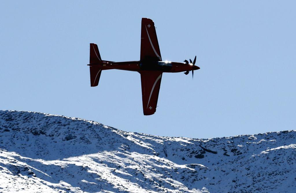 MEIRINGEN, Oct. 11, 2017 - A Swiss Pilatus PC-21 training aircraft performs during an air show of the Swiss Air Force on the Axalp near Meiringen Air Base, Swiss, on Oct. 11, 2017. The Swiss Air ...