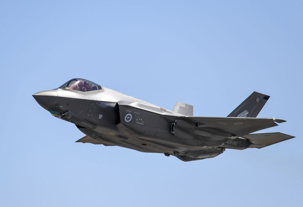 MELBOURNE, Feb. 28, 2019 (Xinhua) -- An Australian Defence Force F-35 performs during the Australian International Airshow and Aerospace & Defence Exposition at the Avalon Airport, Melbourne, on Feb. 28, 2019. (Xinhua/Bai Xuefei/IANS)