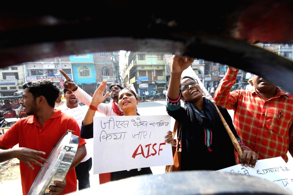 Members of All India Students Federation (AISF) stage a demonstration to press for their various demands during the ongoing annual meeting of Patna University senate, on Nov 14, 2019.