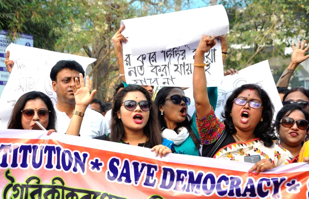 Members of West Bengal Trinamool Primary Teachers Association (WBTPTA) stage a demonstration against Modi government in Kolkata, on Feb 9, 2019.