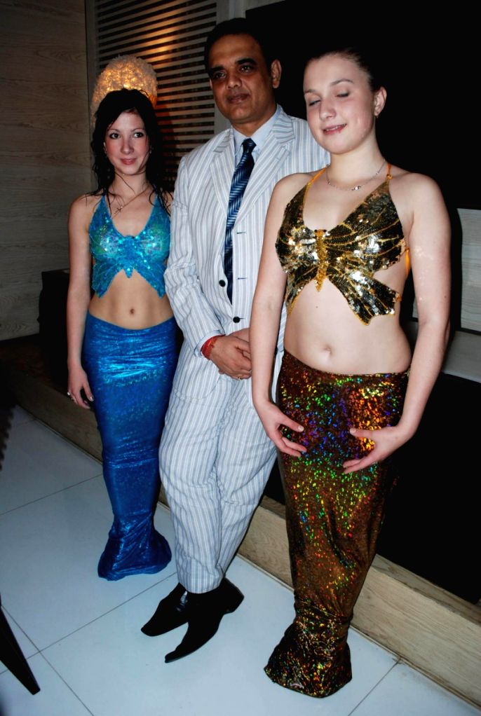 Mermaids from Russia at Sahara Star