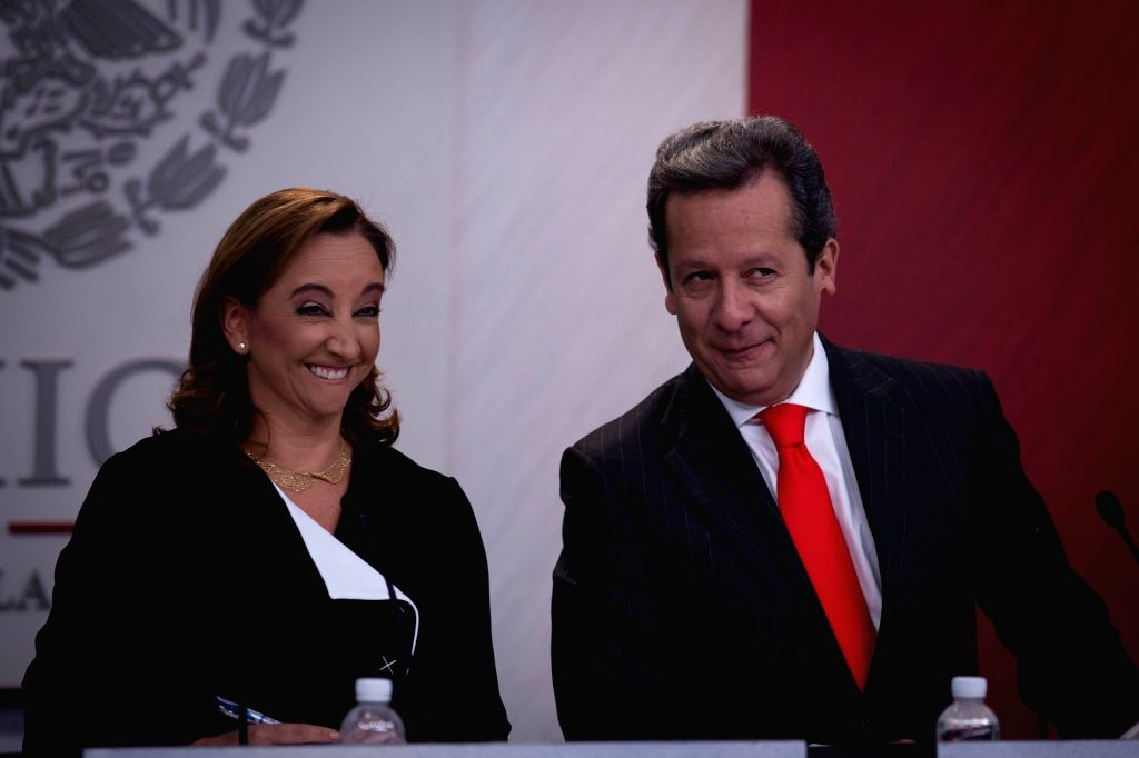 Mexican Minister of Foreign Affairs Claudia Ruiz Massieu (L) and spokesman of Mexico's Government Eduardo Sanchez take part in a press conference on Mexican ...