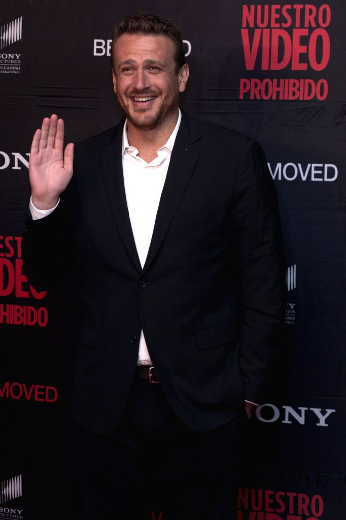 """U.S. actor Jason Segel, poses for photographs during the red carpet for the film """"Sex Tape"""", in Mexico City, capital of Mexico, on July 30, 2014. ... - Jason Segel"""