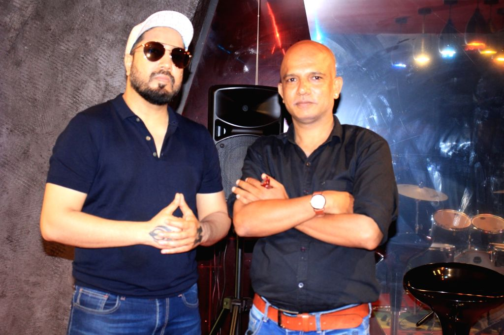 Mika Singh Celebrates The Success of #KRK Kutta Song On Friday, 11 June, 2021.
