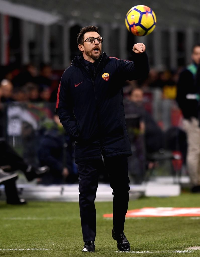 MILAN, Jan. 22, 2018 - Roma's head coach Eusebio Di Francesco gestures during a Serie A soccer match between Inter Milan and Roma in Milan, Italy, Jan. 21, 2018. The game ends with a 1-1 tie.
