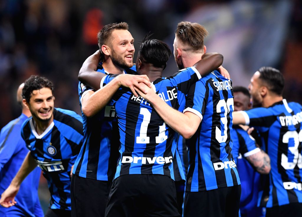 MILAN, May 27, 2019 - FC Inter's players celebrate at the end of a Serie A soccer match between FC Inter and Empoli in Milan, Italy, May 26, 2019. FC Inter won 2-1.