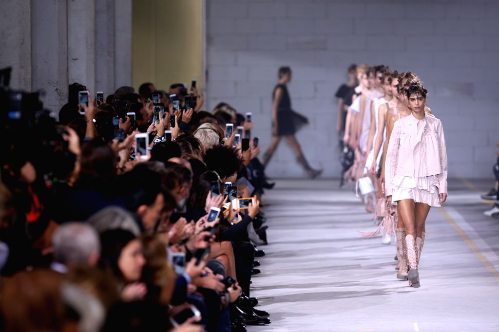 MILAN, Sept. 23, 2016 - Models present creations at Diesel Black Gold fashion show during Milan Fashion Week Spring/Summer 2017 in Milan, Italy, Sept. 23, 2016.