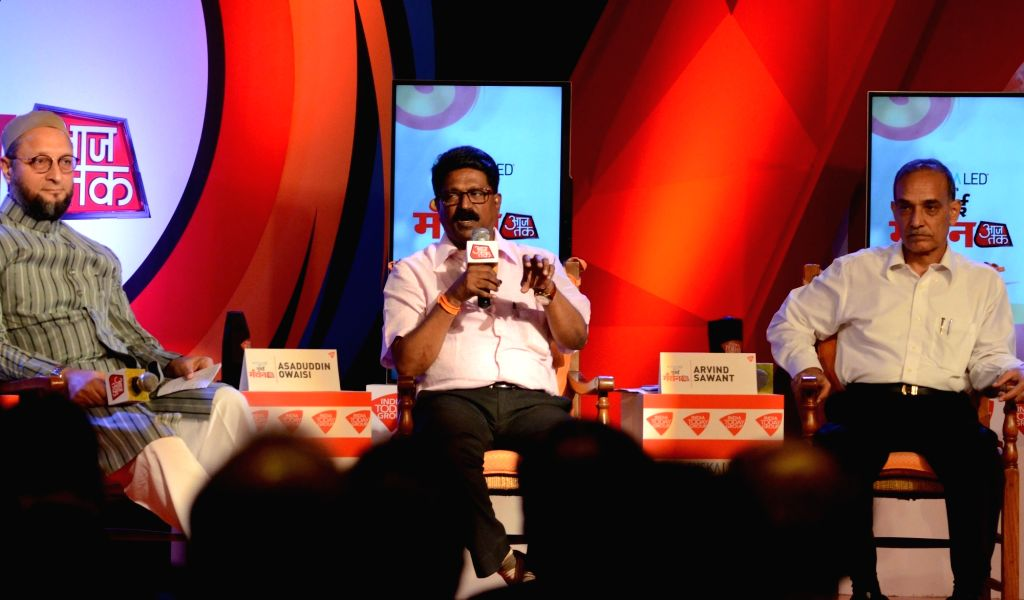 "MIM chief Asaduddin Owaisi, Shiv Sena MP Arvind Sawant and BJP MP Satyapal Singh during ""Mumbai Manthan"" organised by Aaj Tak in Mumbai on Oct 22, 2016. - Satyapal Singh"