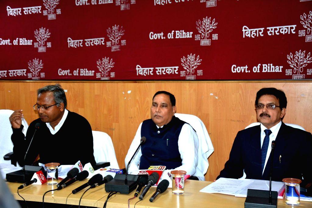 Minister Maheshwar Hazari addresses a press conference in patna on Feb 7, 2020. - Maheshwar Hazari