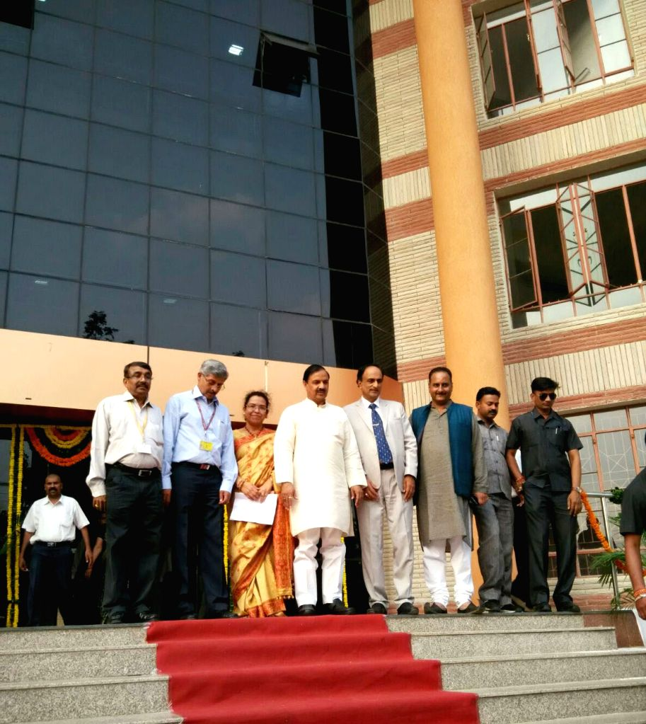 Minister of State for Culture (Independent Charge), Tourism (Independent Charge) and Civil Aviation, Dr. Mahesh Sharma and other senior officials of the Ministry at the inauguration of the ... - Mahesh Sharma