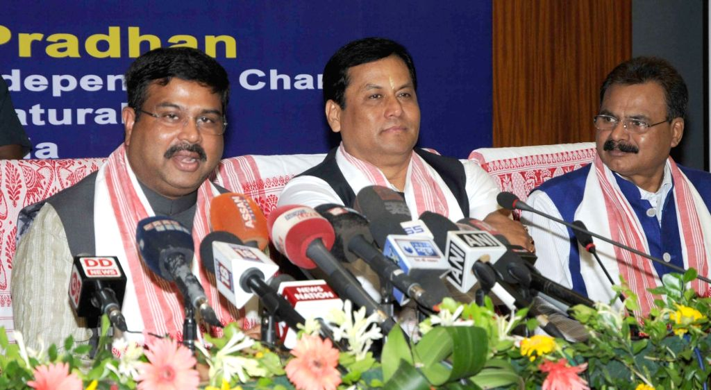 Minister of State for Petroleum and Natural Gas (Independent Charge) Dharmendra Pradhan addresses a press conference, in Guwahati on June 24, 2016. Also see the Assam Chief Minister ... - Sarbananda Sonowal