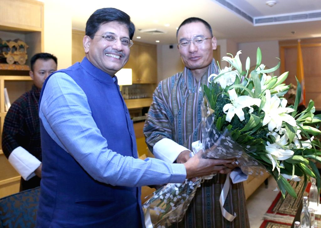 Minister of State (Independent Charge) for Power, Coal and New and Renewable Energy Piyush Goyal meets the Bhutan Prime Minister Tshering Tobgay, in New Delhi on Nov. 16, 2015. - Tshering Tobgay