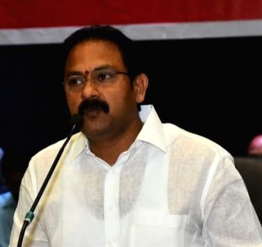 Minister's assurance prompts Andhra junior docs to call off strike