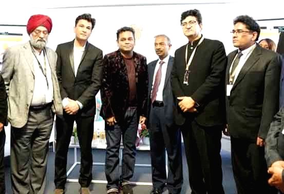 Ministry of Information and Broadcasting Secretary Amit Khare with Chef Vikas Khanna, music composer A. R. Rahman and Central Board of Film Certification (CBFC) Chairman Prasoon Joshi at the ... - Vikas Khanna and Prasoon Joshi