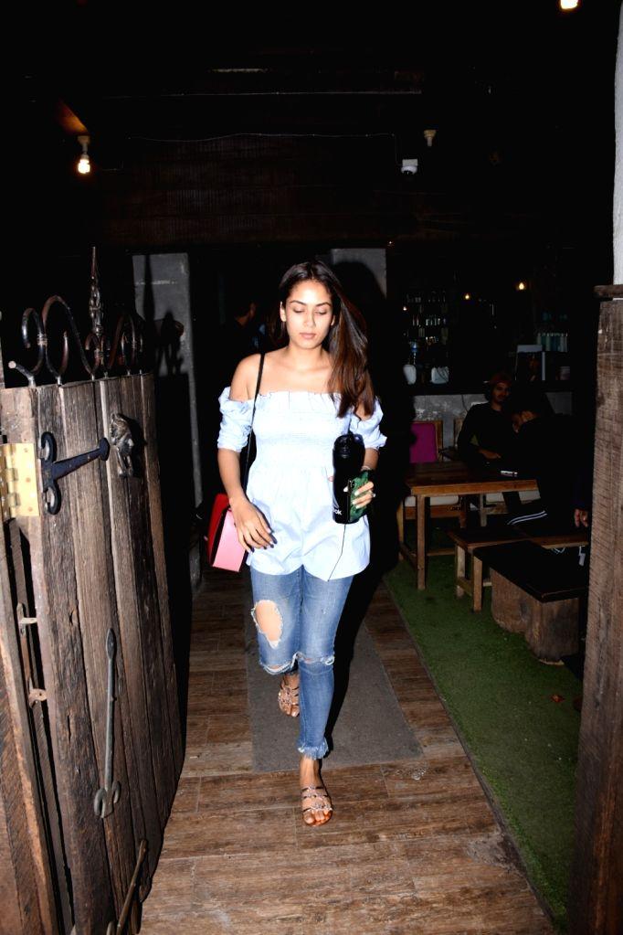 Mira Rajput, wife of actor Shahid Kapoor seen at celebrity hairstylist Hakim Aalim's salon in Mumbai on Aug 25, 2019. - Shahid Kapoor