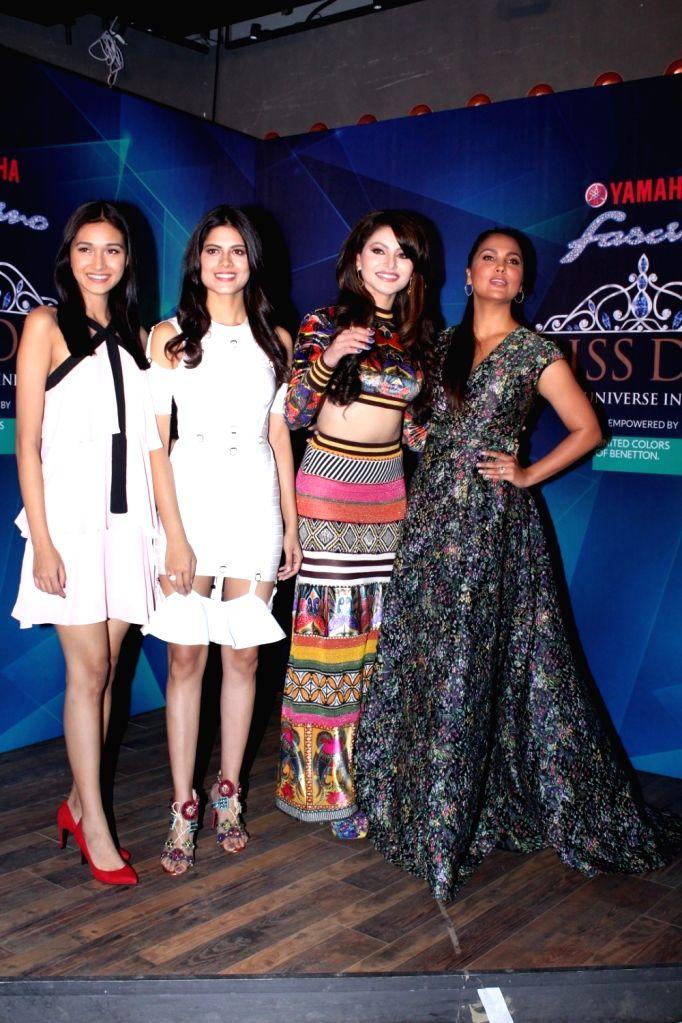 Miss Diva 2016 Roshmitha Harimurthy, Fbb Femina Miss India 2016 finalist Aradhana Buragohain ,Actresses Lara Dutta and Urvashi Rautela during the 1st Ever Bloggers Meet Of Yamaha Fascino Miss ... - Lara Dutta and Urvashi Rautela