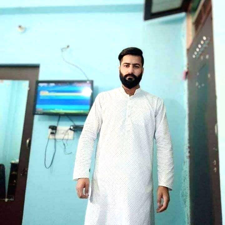 Missing Kashmiri scholar joined militant ranks: IGP.