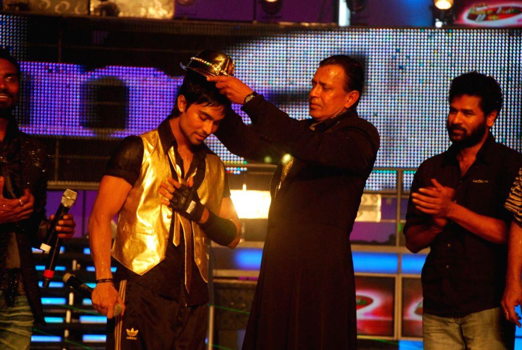 Mithun Chakraborty at Dance India Dance Grand finale.