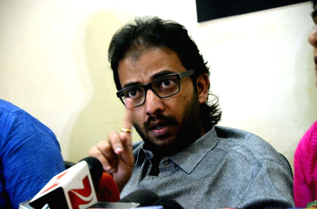 MNS Chitrapat Sena chief Ameya Khopkar addresses a press conference regarding 48-hour ultimatum to all Pakistani cine and tele-artistes to quit India or face consequences in Mumbai on Sept ...