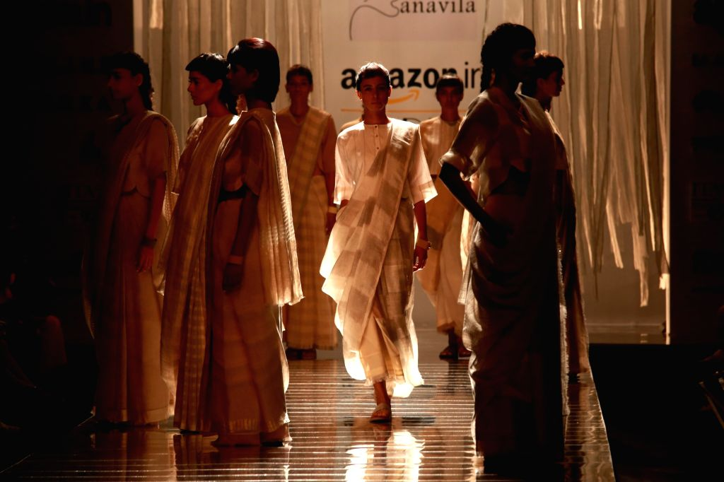 Model display the creation of fashion designer Anavila Misra during the Amazon India Fashion Week Spring/Summer 2017 in New Delhi on Oct 13, 2016.