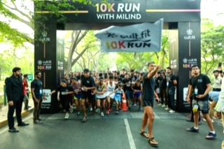Model, fitness enthusiast and avid barefoot runner Milind Soman flagged off the second edition of the Cult 10K run in Bengaluru on Saturday.