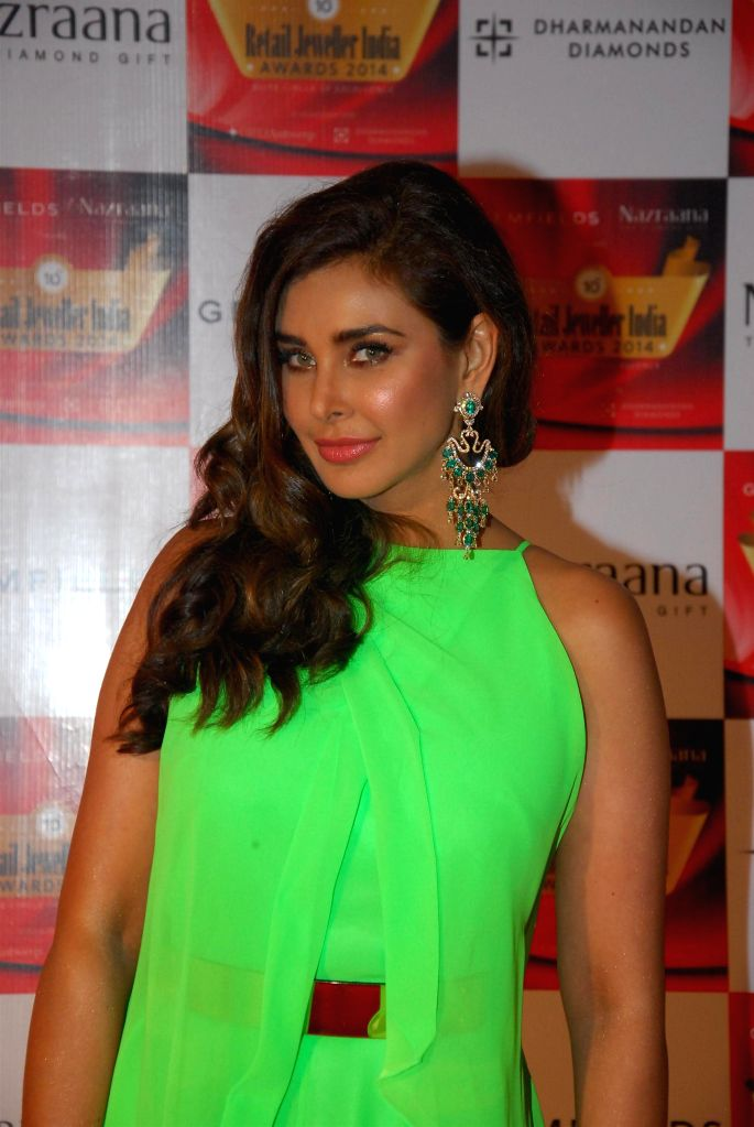 Model Lisa Ray during the 10th Annual Gemfields and Nazraana Retail Jeweller India Awards 2014 in Mumbai on July 19, 2014. (Photo : IANS) - Lisa Ray