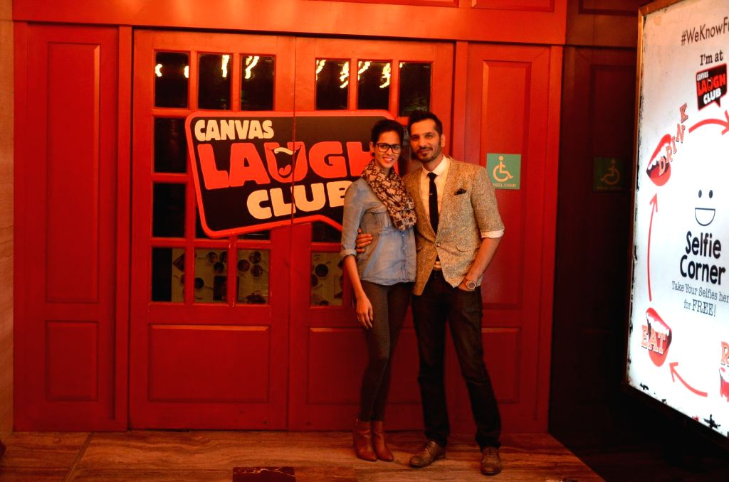 Model Madhu Sneha and Comedian Nitin Mirani at performing stand-up comedy at Canvas laugh Club in Mumbai on Jan 10, 2015. - Madhu Sneha