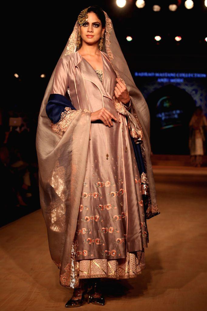 Model walked the ramp for Designer Anju Modi at Blenders Pride Fashion Tour 2015, associated with Bajirao Mastani, in Gurgaon, on ,Oct 17,2015. - Anju Modi
