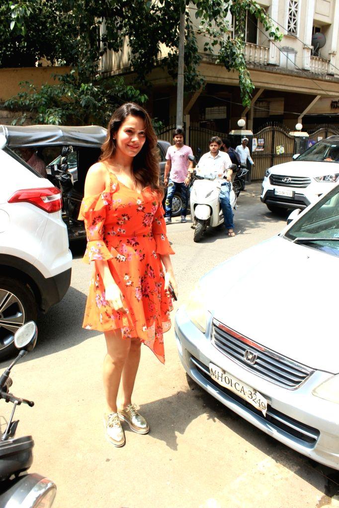 Model Waluscha de Sousa seen in Mumbai's Bandra, on June 5, 2018. - Waluscha