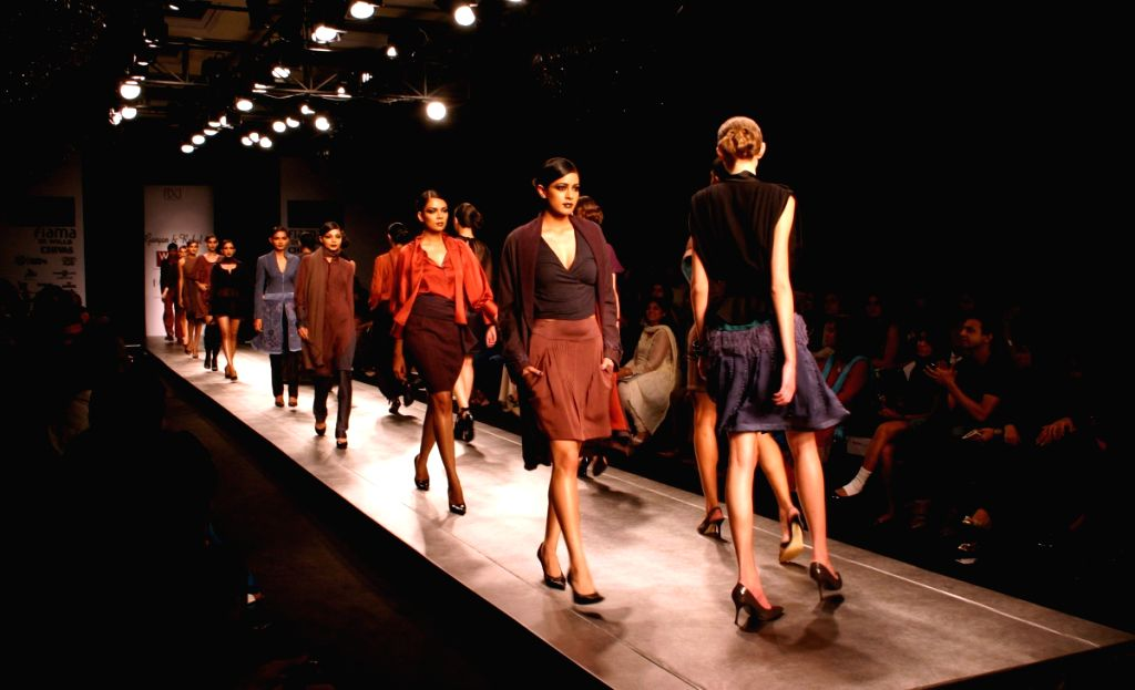 Models display creation by designer Gunjan and Rahul at Wills Lifestyle India Fashion Week in New Delhi on March 18.