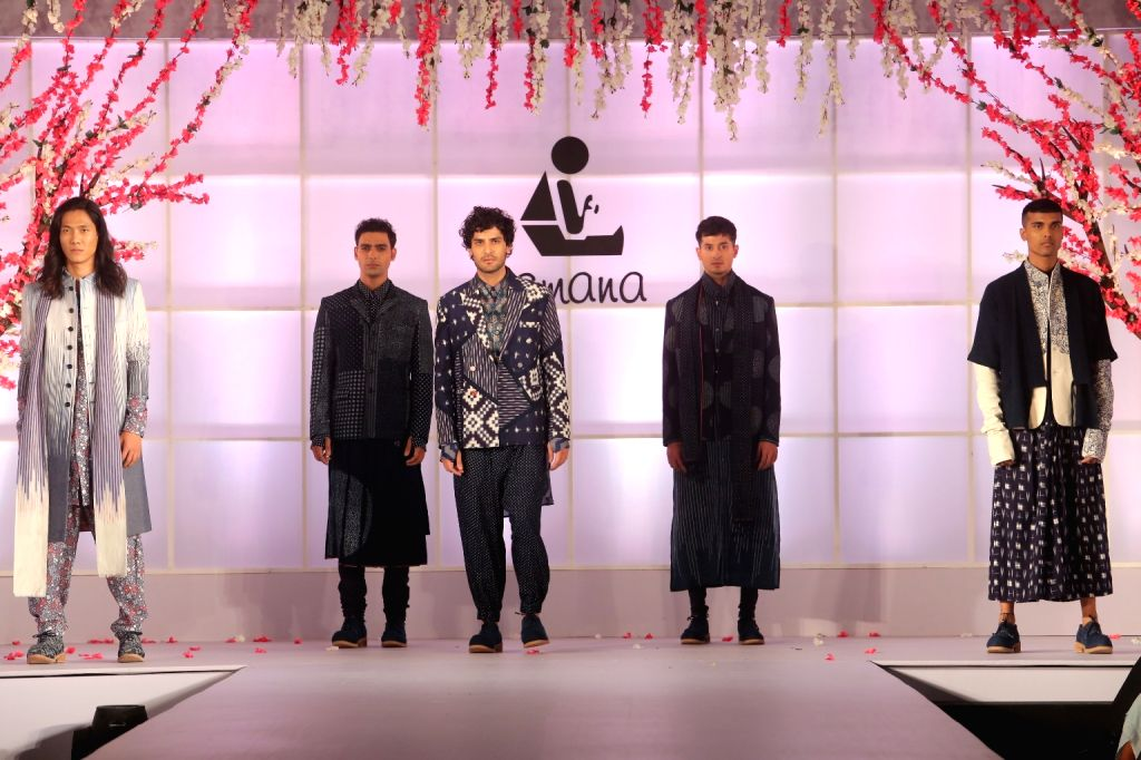 """Models showcase creations of Rajesh Pratap Singh at """"Unity in Diversity"""" - FDCI's annual fashion show in New Delhi on Sept 16, 2018. - Rajesh Pratap Singh"""