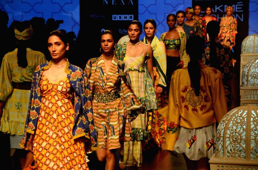 Models showcase fashion designer Anjali Patel Mehta's creation during Lakme Fashion Week (LFW) Summer/Resort 2019 in Mumbai, on Feb 2, 2019. - Anjali Patel Mehta