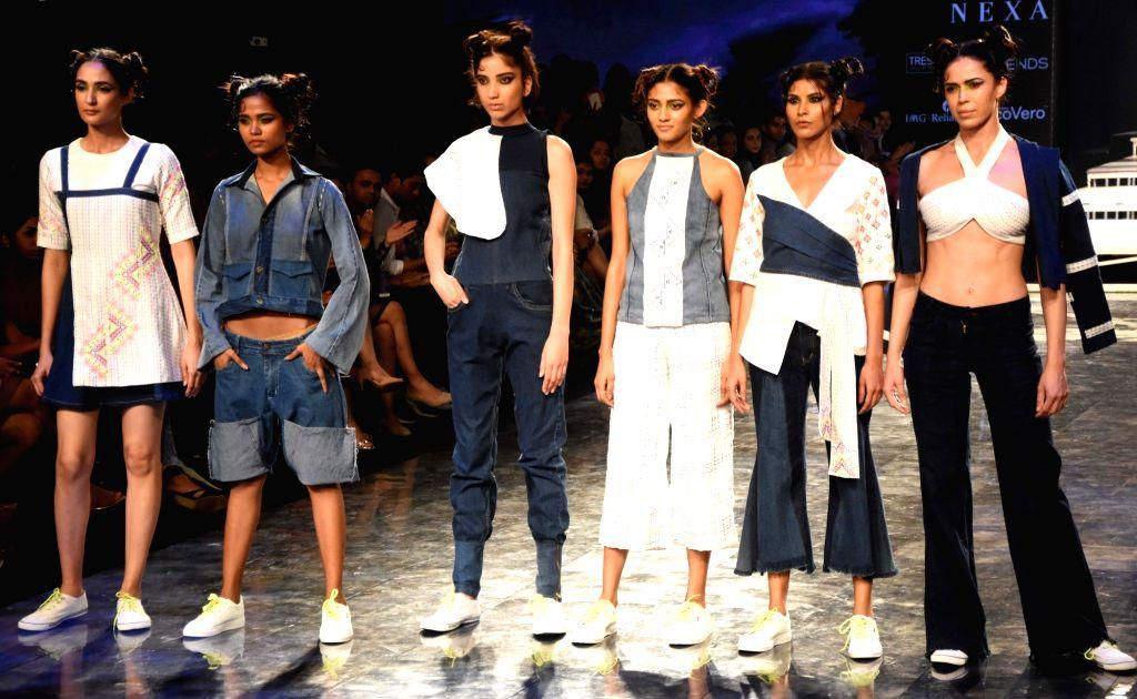 Models showcase the creations of fashion designer Prachit Shinde on Day 2 of the Lakme Fashion Week Summer/Resort 2020, in Mumbai on Feb 12, 2020.