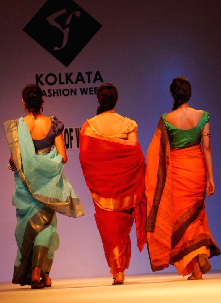 Models walks at the ramp show during the Kolkata Fashion Week on 2nd April 2009.