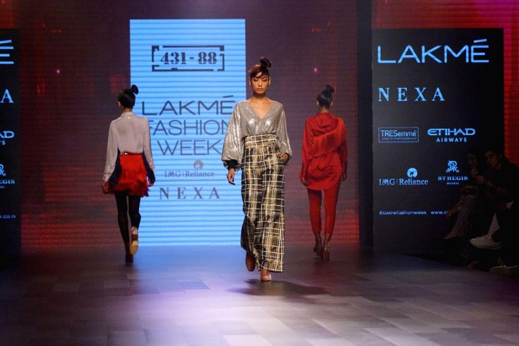 Models walks the ramp for fashion designer Shweta Kapoor during the Lakme Fashion Week 2017 in Mumbai on Aug 16, 2017. - Shweta Kapoor