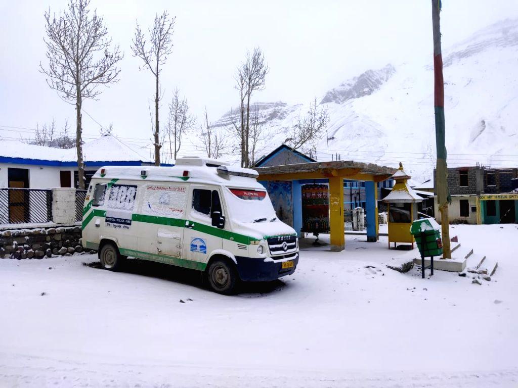 Moderate to heavy overnight snowfall across Himachal Pradesh on Thursday.