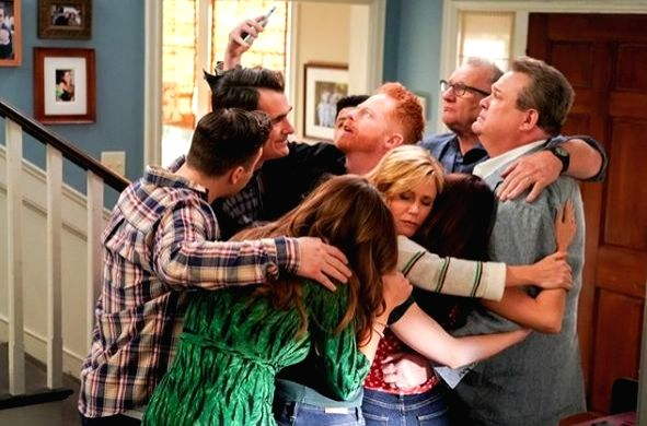 'Modern Family' spin-off series on the cards? (Photo Courtesy: Instagram/ abcmodernfam)