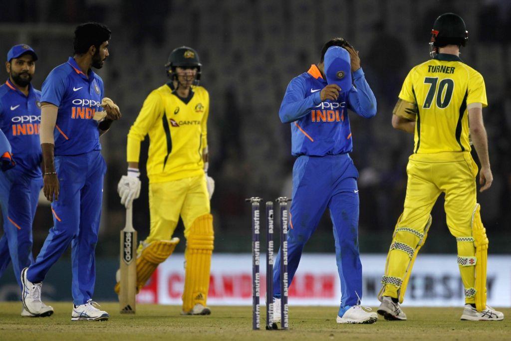 Mohali: Australia's Ashton Turner and D'Arcy Short celebrate after winning the fourth ODI match against India at Punjab Cricket Association IS Bindra Stadium in Mohali, Punjab on March 10, 2019. (Photo: Surjeet Yadav/IANS) - Surjeet Yadav
