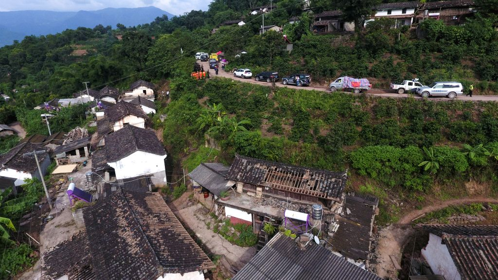 MOJIANG, Sept. 8, 2018 - Rescuers work at Tongguan Township of Mojiang Hani Autonomous County, southwest China's Yunnan Province, Sept. 8, 2018. Fourteen people suffered minor injuries as of 3 p.m. ...