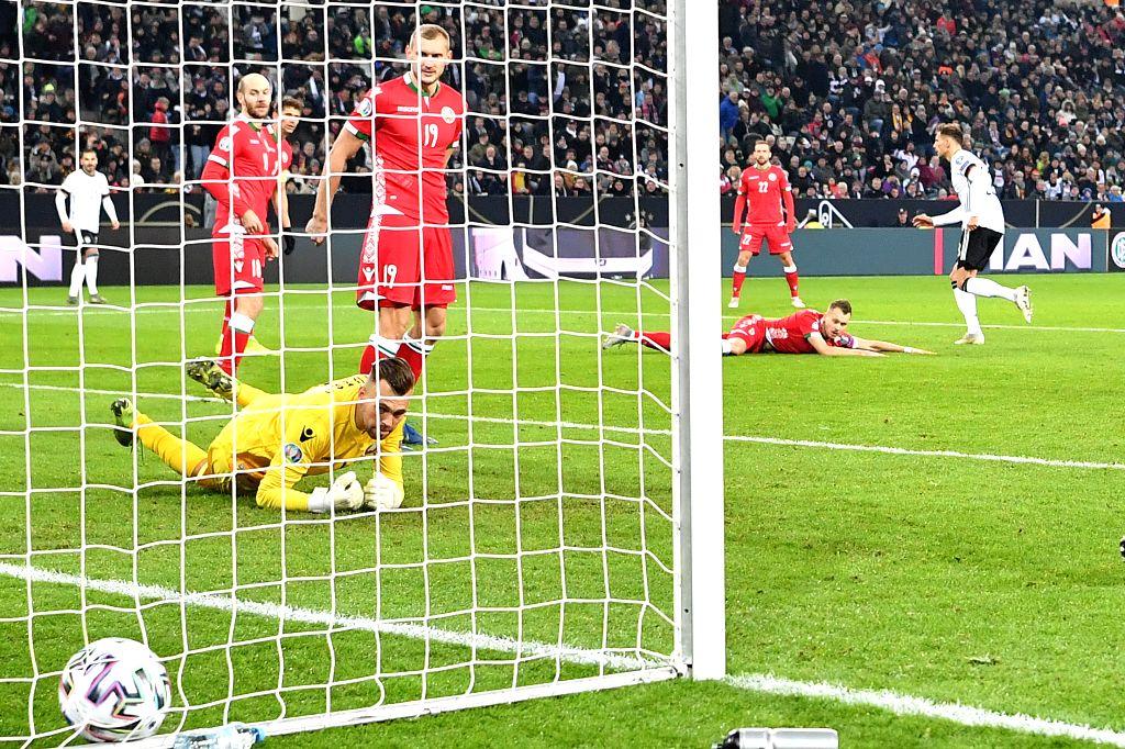 MONCHENGLADBACH, Nov. 17, 2019 - Leon Goretzka (1st R) of Germany scores during the UEFA Euro 2020 group C qualifying match against  Belarus in Monchengladbach, Germany, Nov. 16, 2019. Germany won ...