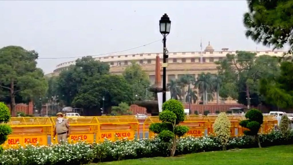 Monsoon Session begins in LS with obituary references to 15 members.