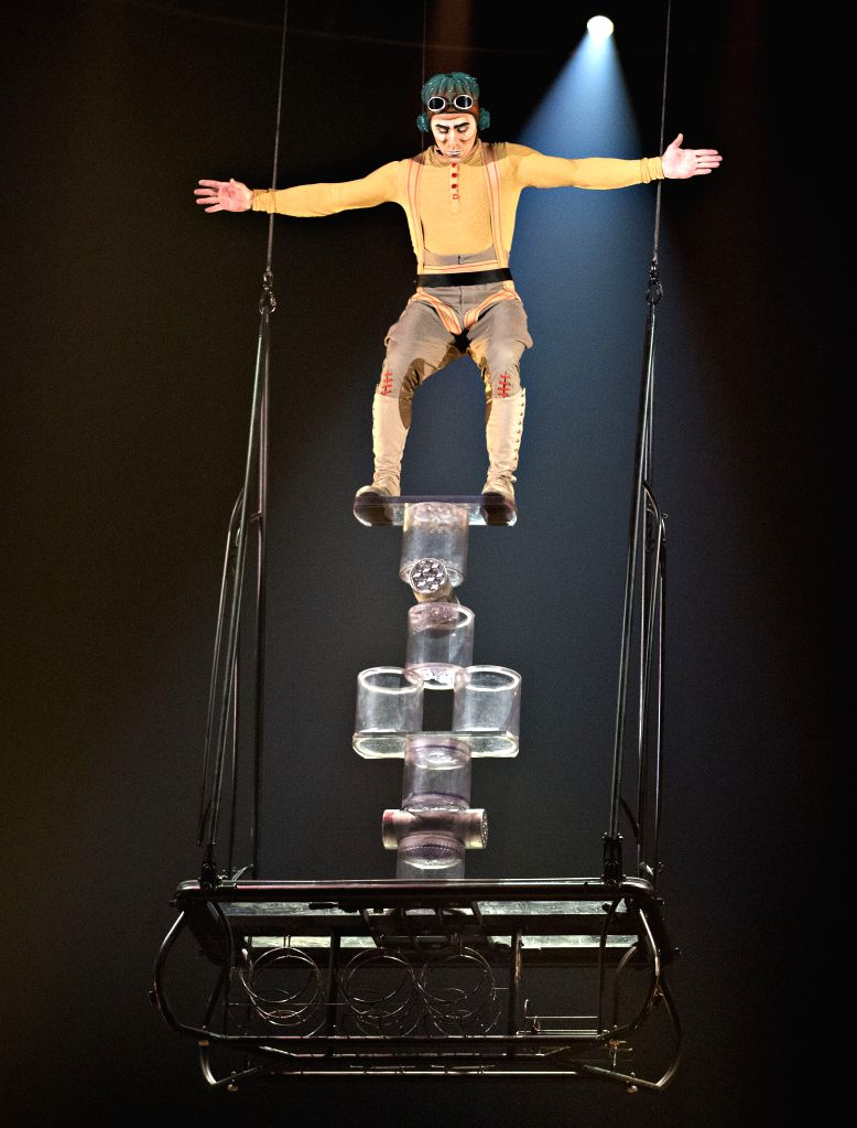 Acrobatic actors of Cirque du Soleil perform Kurios-Cabinet of Curiosities to media in Montreal, Canada, April 11, 2014. The Cirque du Soleil unveiled its latest .