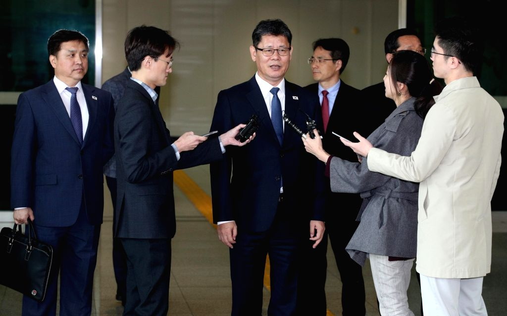 Moon accepts Unification Minister's resignation amid Pyongyang tensions