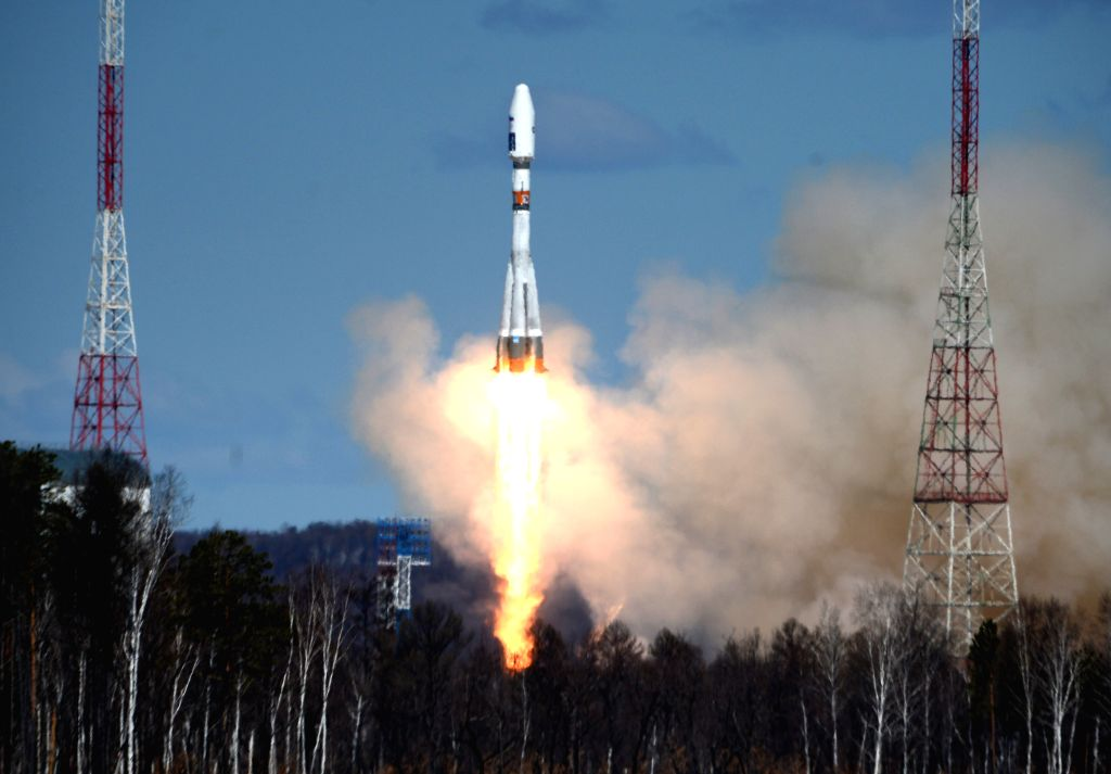 MOSCOW, April 28, 2016 (Xinhua) -- Photo taken on April 28, 2016 shows the launch of the Soyuz-2.1a carrier rocket with three small satellites -- Lomonosov, Aist-2D and SamSat-218 from the newly built Vostochny Cosmodrome in the Far Eastern Amur regi